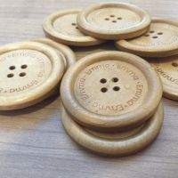 Large Light Wood Personalized Button x 1